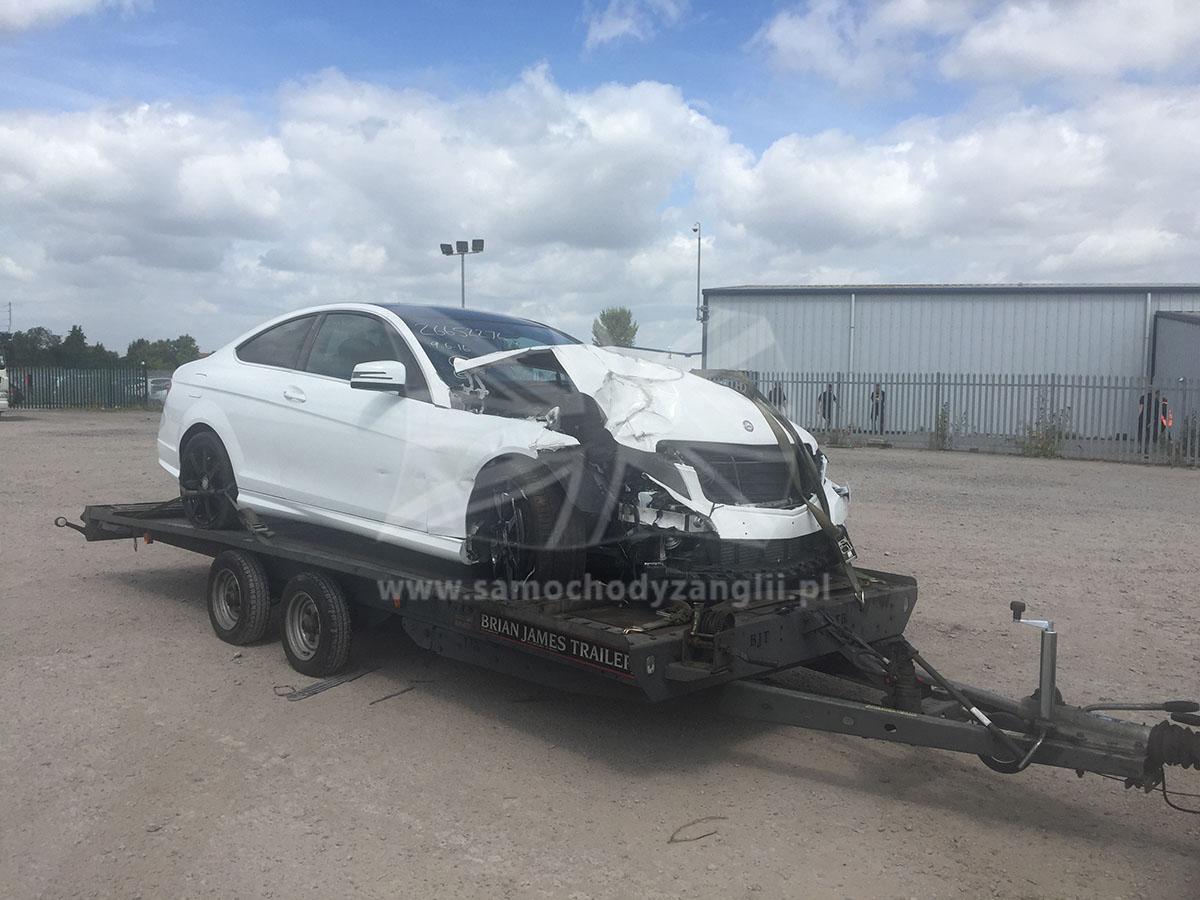 Uszkodzone Samochody Z Anglii Samochody Powypadkowe Z Uk